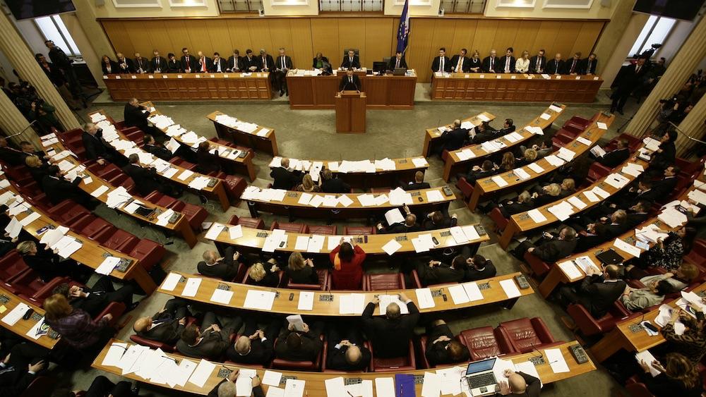 Pogled na zastupnice i zastupnike u Saboru. Izvor: Wikimedia